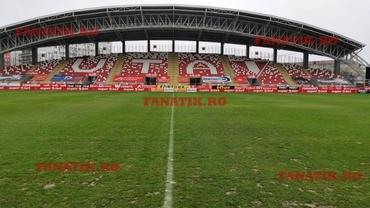 UTA - Dinamo se joacă pe un teren imposibil! Cum arată gazonul din Arad. Foto exclusiv