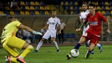 FCSB, scor de... zar maxim la table în Europa League! Halucinantul 6-6 este unic în istoria echipei. Precedentele când a mai luat multe goluri. Video