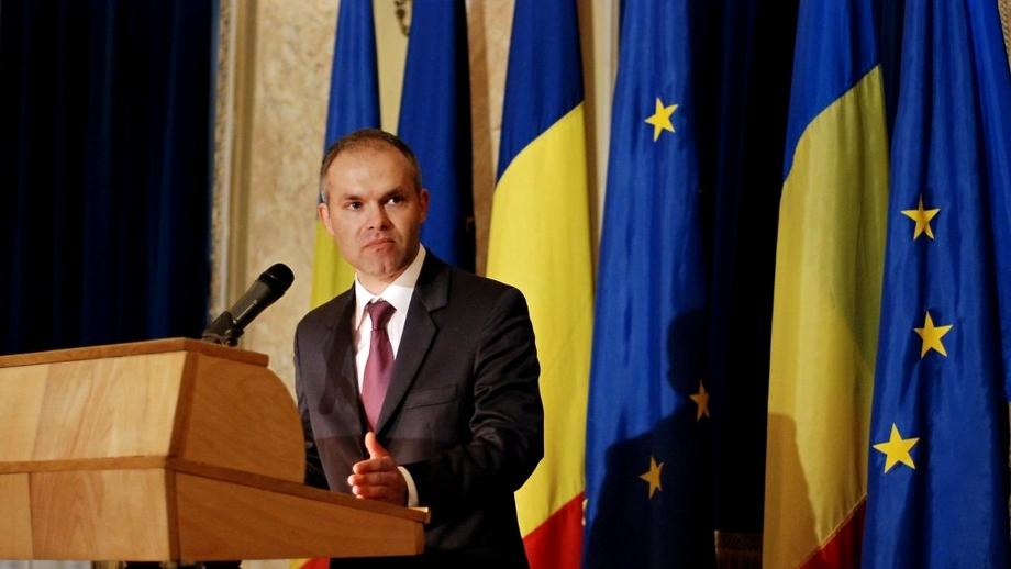 """Daniel Funeriu, mesaj pentru coaliția de guvernare: """"O să mergem toți să votăm PSD ca să nu câștige AUR..."""""""