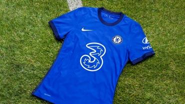Chelsea și-a prezentat echipamentul pentru sezonul viitor. Londonezii vor avea un nou sponsor pe tricouri