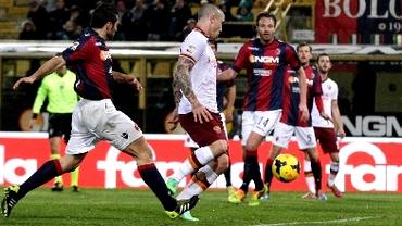 VIDEO / Cadou pentru Mister. Roma a învins la Bologna, primul gol pentru Nainggolan