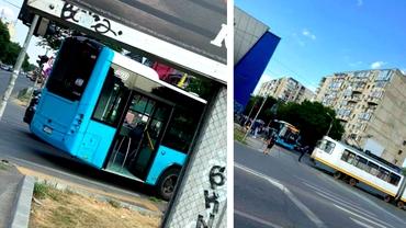 Coliziune între un tramvai și un autobuz în București. Trei persoane au fost rănite
