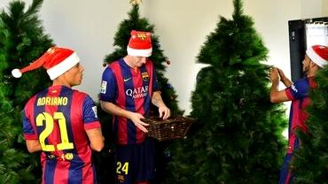 VIDEO / AMUZANT! Moş Neymar jonglează cu globurile, Mathieu, ţinta glumelor la filmările de Crăciun!