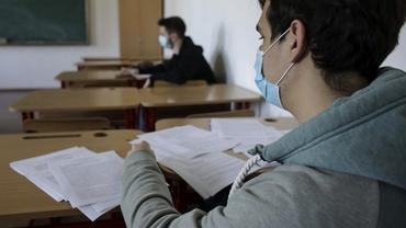 Elevii unui liceu din Alba au susținut Bacalaureatul la Geografie de două ori