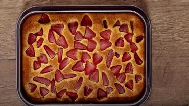 Rețetă de prăjitură cu căpșuni de la Jamila. Un desert ideal pentru toată familia!