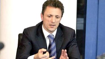 Contracandidat SURPRIZĂ la FRF pentru Gică Popescu!