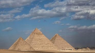 Elon Musk susține că piramidele au fost construite de extratereștri. Răspunsul primit de la autoritățile din Egipt