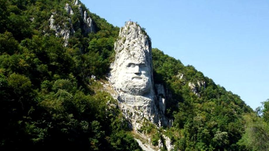 Statuia lui Decebal de pe Dunăre, în TOP 5 din lume, alături de Statuia Libertăţii