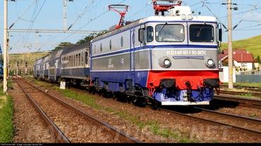 CFR, o nouă zi cu probleme. Două locomotive stricate și un fir de contact rupt. Unde au avut loc avariile