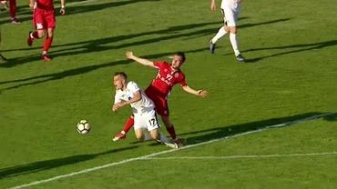 Fază controversată în meciul Gaz Metan - FC Botoșani! Actorul principal, arbitrul Comănescu!
