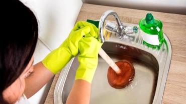 Cele trei ingrediente de care ai nevoie pentru desfundarea chiuvetei din bucătărie