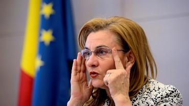 """O nouă gafă a Mariei Grapini. A """"inventat"""" o țară nouă, pe Facebook"""