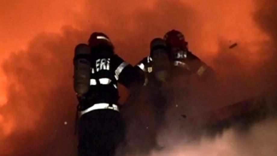 Incendiu în Centrul Vechi al Capitalei. Un restaurant de lux a ars