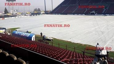 Măsuri de precauție înainte de CFR Cluj - Sevilla! Gazonul din Gruia a fost acoperit cu o prelată + Spaniolii au refuzat să se antreneze pe alt teren. EXCLUSIV