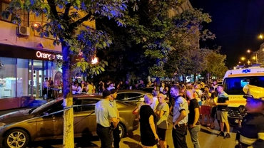 Noi detalii apar în cazul gemenilor morți în Ploiești. Mama lor făcea live pe Facebook când copiii au căzut de la etaj