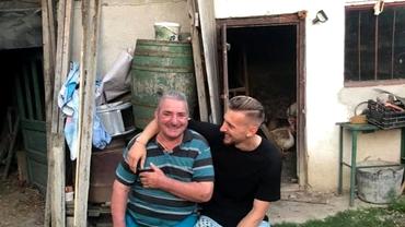 Ionuţ Radu nu şi-a uitat bunicii după EURO U21! Imaginea emoţionantă de 15.000 de like-uri: