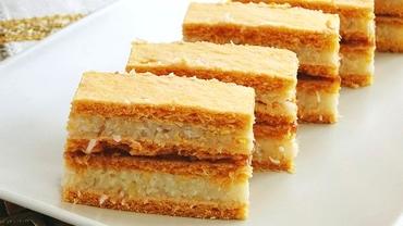Rețetă de post. Prăjitură cu cremă de griș și gem, un desert simplu și rapid