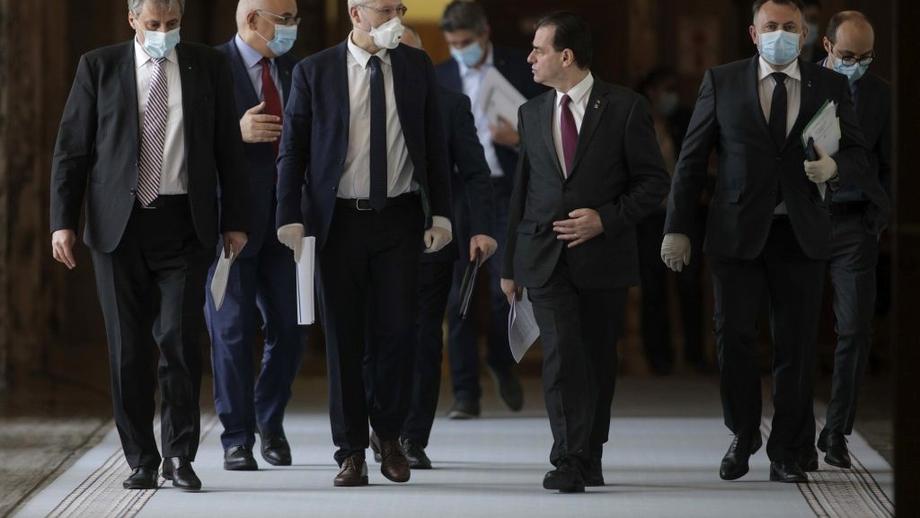 Guvernul Orban se pregătește de remaniere. Marcel Vela, Monica Anisie și Violeta Alexandru, numele grele care ar urma să rămână fără scaunul de ministru. Reacția premierului