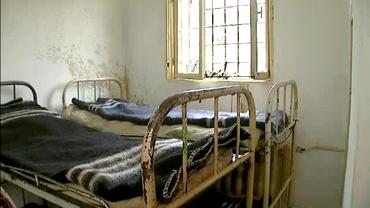 FOTO ŞOC! Condiţii de coşmar! Cum arată celula în care stau Copos, Stoica şi Popescu!