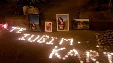 A murit fetița de 13 ani lovită pe o trecere de pietoni din Satu Mare. Pelerinaj cu lumânări și flori la locul tragediei