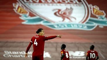 Lovitură cumplită pentru Liverpool! Van Dijk poate rata tot sezonul după accidentarea din meciul cu Everton