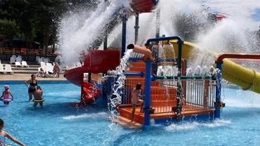 Situaţia aqua park-urilor din Bucureşti, în plină pandemie. Cum se respectă regulile. Reportaj FANATIK.