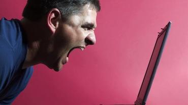 Probleme pe Facebook. Ce s-a întâmplat cu platforma de Messenger? Milioane de români afectați