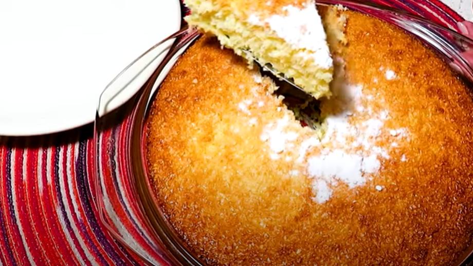 Prăjitură cu 4 ingrediente. O rețetă delicioasă și foarte simplă, perfectă pentru weekend