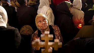 """Până când se folosește urarea """"Hristos a înviat"""". Ce spune Biserica Ortodoxă"""