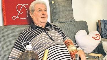"""""""Academicianul Profesor Doctor în Științe Alcoolice"""" de la Dinamo dă ordinul de zi pe """"haită"""": """"Beți ca noi, dar luați campionatul!"""" Video"""