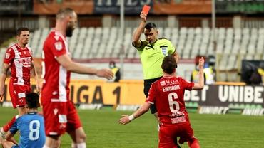 """Un fost antrenor al """"câinilor"""" nu are milă de Dinamo: """"Nu moare nimeni dacă va fi în B!"""""""