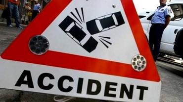 Accident grav în Timiş: o persoană şi-a pierdut viaţa. Trafic blocat şi la Vâlcea