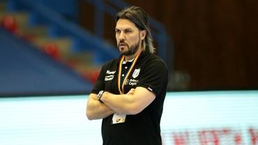 Adi Vasile, pe picior de plecare de la CSM Bucureşti?! Ce decizie a luat conducerea clubului. Exclusiv