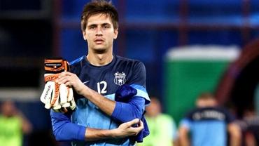N-a ajuns la Fiorentina şi e deja DESFIINŢAT de italieni