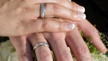 Câte persoane pot participa la nunți, botezuri sau petreceri de la 1 iulie. Restricțiile au fost relaxate. Document