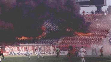 VIDEO 1997 / Peluza ardea, iar Ţălnar îl pălmuia pe Argăseală