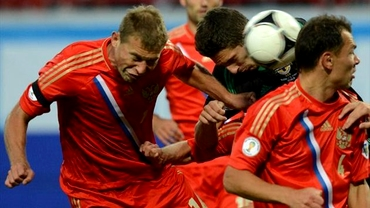 VIDEO / A fost blat? Momente penibile oferite de Rusia în meciul cu Azerbaidjan