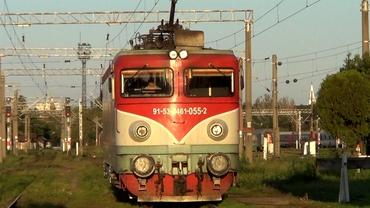 Trenuri blocate din cauza vremii. Furtunile au făcut ravagii în vestul țării