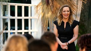 Ce salariu de primar are Elena Lasconi: