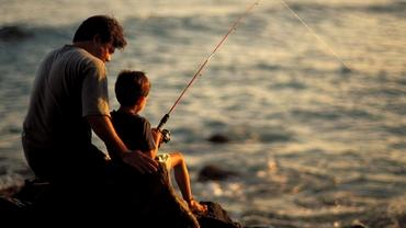 În ce condiții se poate merge la pescuit. Ministerul Agriculturii interzice socializarea între pescari