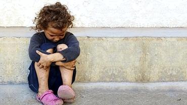 Bătrânii din Neamț care au abuzat sexual o fetiță de 10 ani, lăsați în libertate
