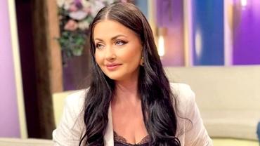 """Gabriela Cristea, luată la rost după ce s-a pozat în platoul emisiunii de la Antena Stars: """"Arăți ca ultima babă"""""""