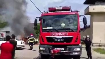 Și-a dat foc la mașină în fața închisorii din Baia Mare! A făcut-o din greșeală