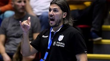 Adrian Vasile, antrenorul lui CSM București, reacție dură după scandalul de dopaj de la Corona Brașov.
