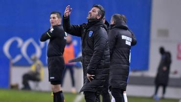 """Marinos Ouzounidis vrea o victorie lejeră a Universității Craiova în meciul cu Viitorul Tg. Jiu: """"E important!"""" Video"""