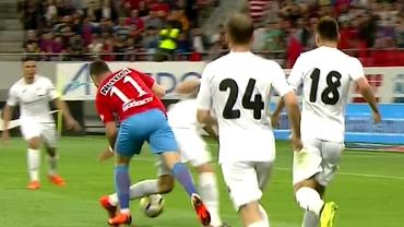 Penalty refuzat FCSB-ului în meciul cu Astra. Budescu a căzut în careu. Foto+video