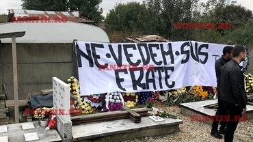 Torțe la înmormântarea lui Rică, fanul FCSB-ului care a murit înainte de derby! Jucătorii vor purta banderole și tricouri negre. FOTO+VIDEO EXCLUSIV. Update. mesaj şi pe stadion