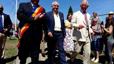 Prinţul Charles al Marii Britanii a ATERIZAT pe stadionul din Teiuş!