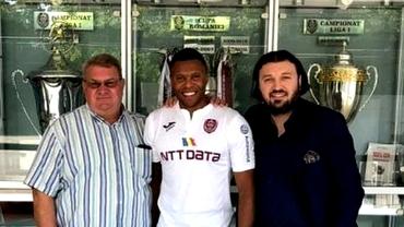 Julio Baptista, rezervă de lux la CFR Cluj. Cât câştigă să stea în tribune