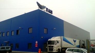 Amenințare cu bomba la depozitul Fan Courier de la Ștefănești! Compania anunță întârzieri la procesarea comenzilor
